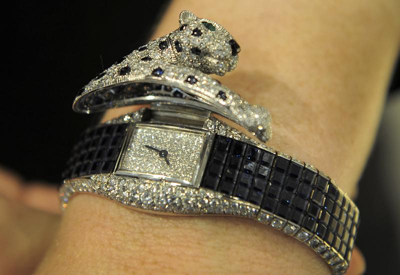 98499357-cartier-panthere-watch.jpg