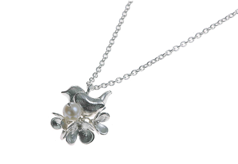 Alexis-Dove-Wren-and-Blossom-pendant-lo-res.jpg