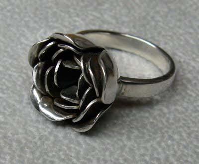 Carrie-Nunes-silver-rose-ring.jpg