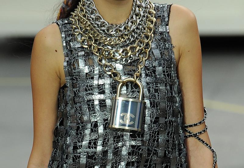 Chanel-chainlink.jpg