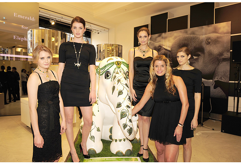 Emeralds-for-Elephants-Event-models-Sabine-Roemer-and-Emerald-Queen.jpg