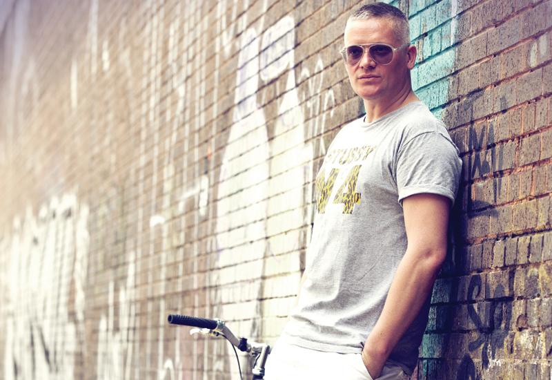 Giles-Deacon-1.jpg