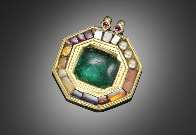 Glenconner-Tipu-Sultan-emerald.jpg