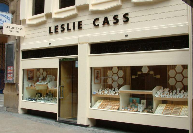 Leslie-cass.jpg