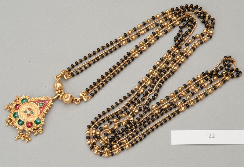MET-police-jewellery-appeal_1.jpg
