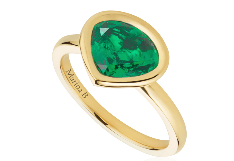 Mila-Kunis-ring.jpg