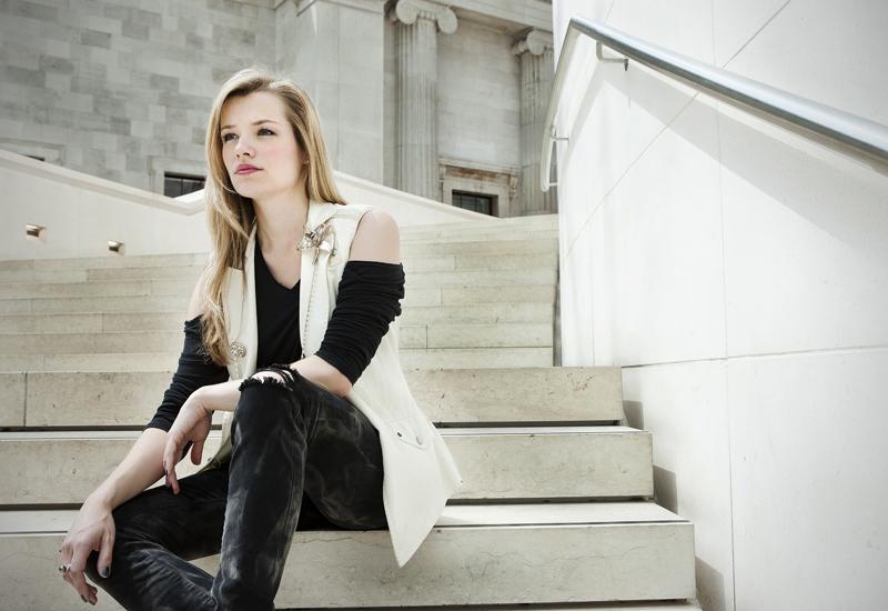 Natalia-Schroderhot1002011.jpg
