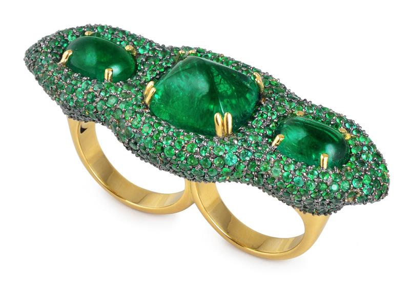 Parulina-ring-with-Gemfields-Emeralds.jpg