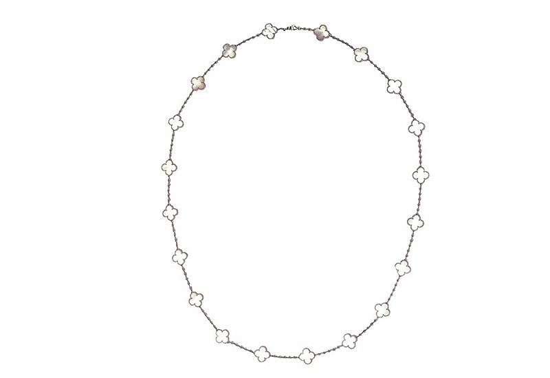 Van-Cleef-Arpels-Alhambra-necklace.jpg