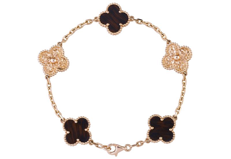 Van-Cleef-Alhambra-bracelet.jpg