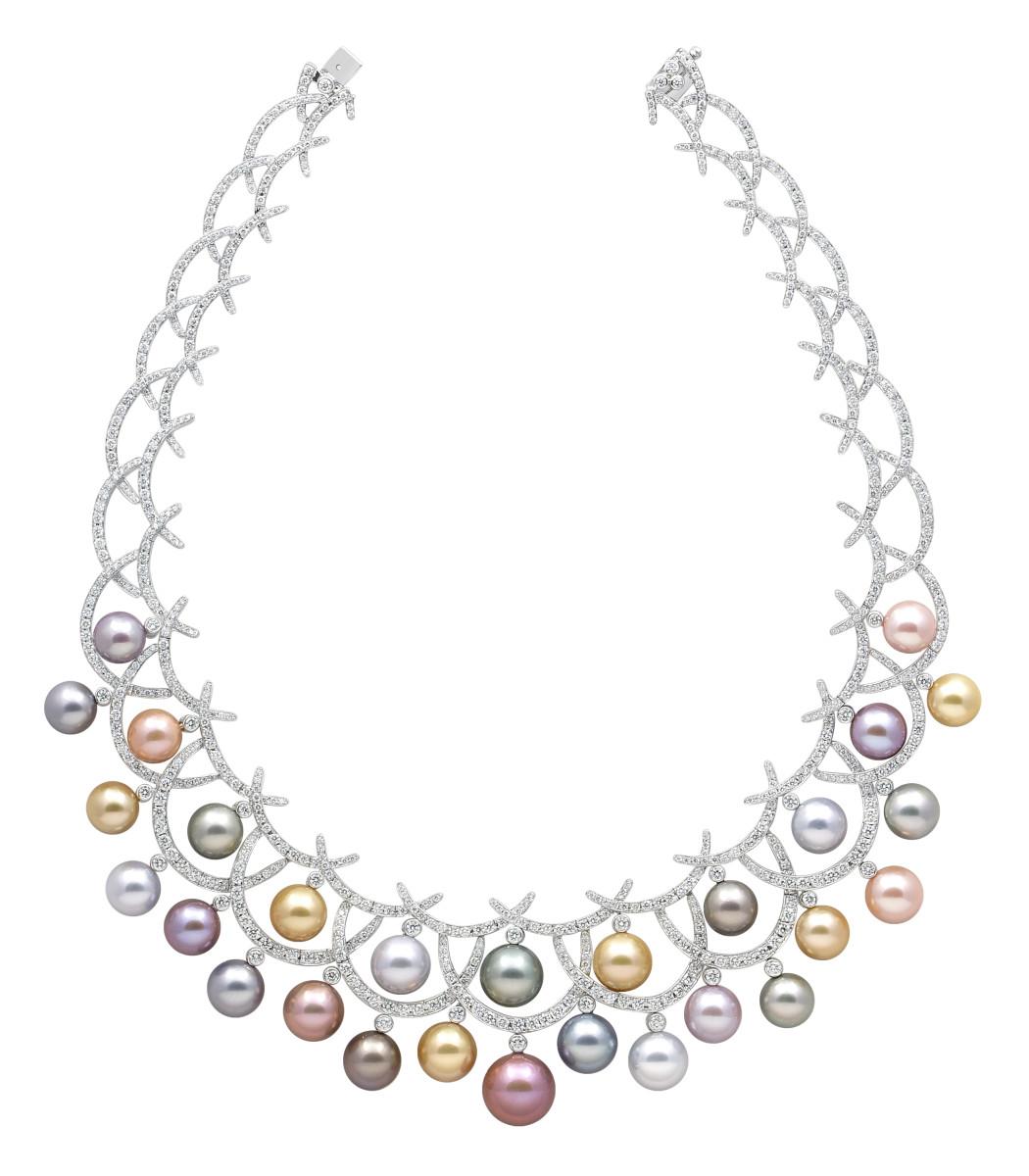 Yoko-London-Carnevale-pearl-necklace-JCK-prize-winner.jpg