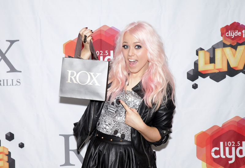 amelia-with-rox-bag.jpg