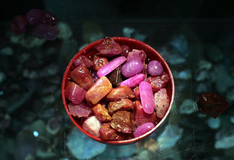 burmese-rubies-73489008.jpg