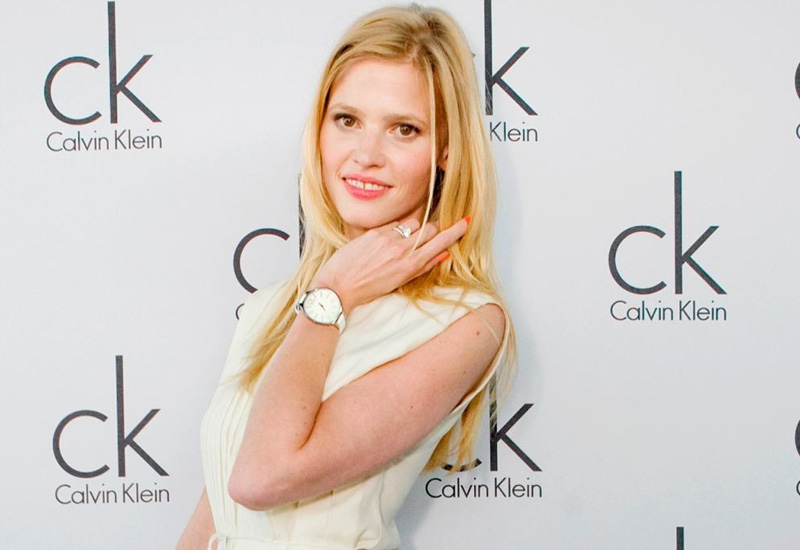 ck-watch-jewelry-basel-2011-lara-stone.jpg