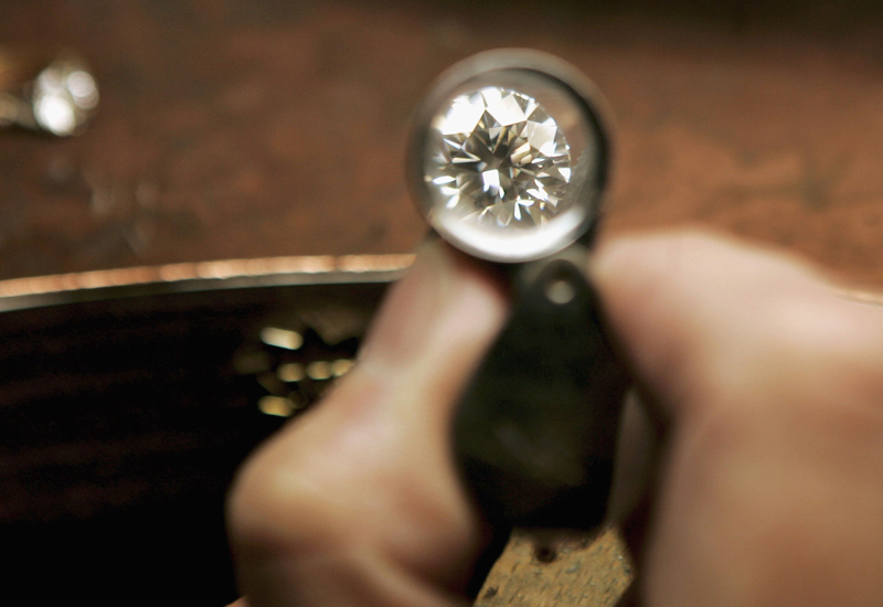 diamond-through-loupe.jpg