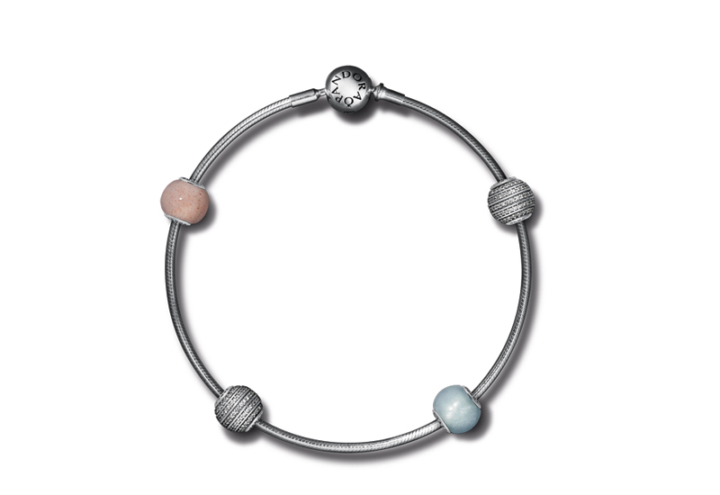 essence-bracelet2.jpg