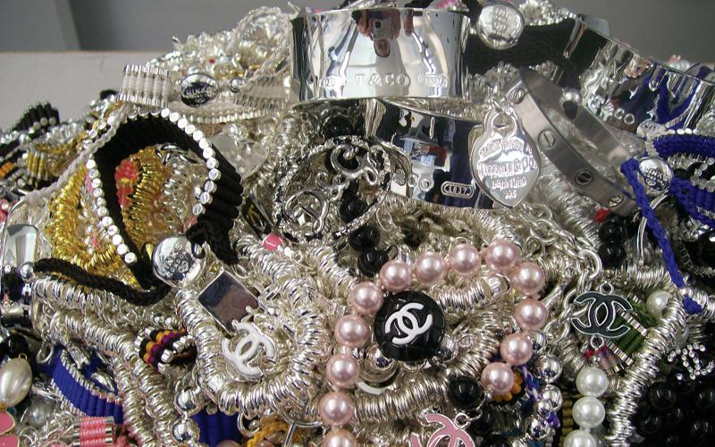 fake-jewellery.jpg