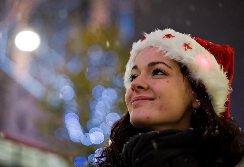 girl-in-santa-hat-94987031.jpg