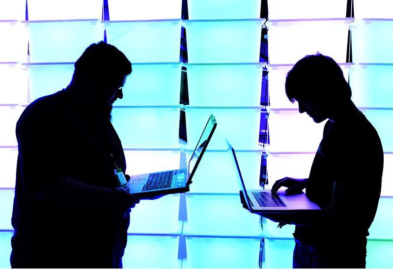 hackers-158774123.jpg