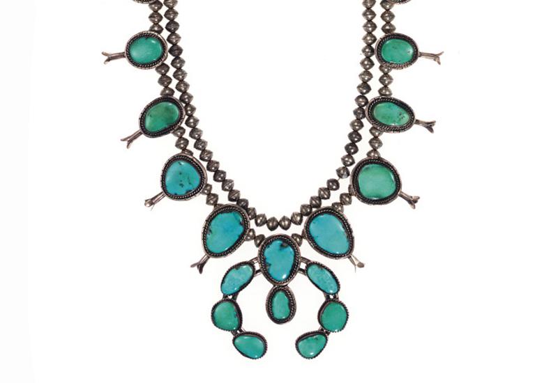 liz-taylor-navahoe-jewels2.jpg