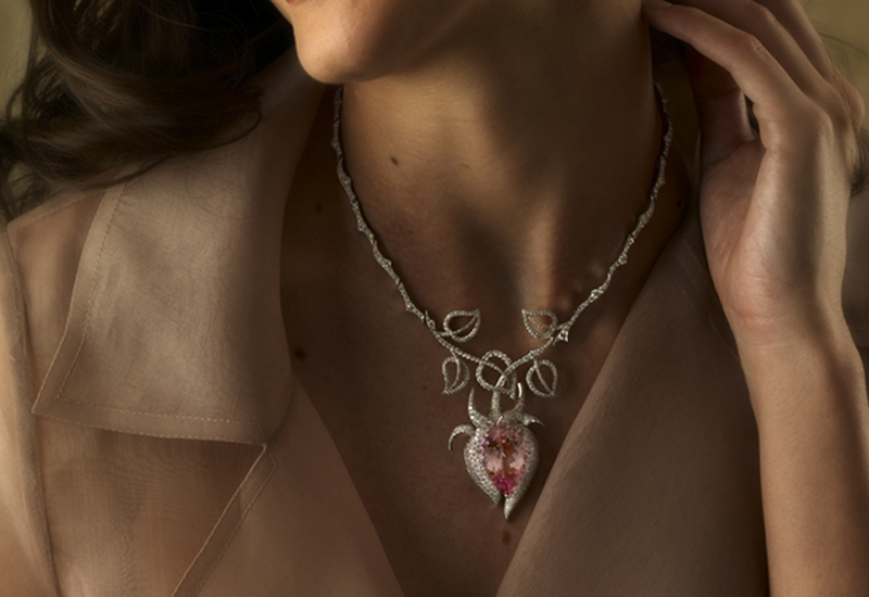 pink-necklace-on-model.jpg