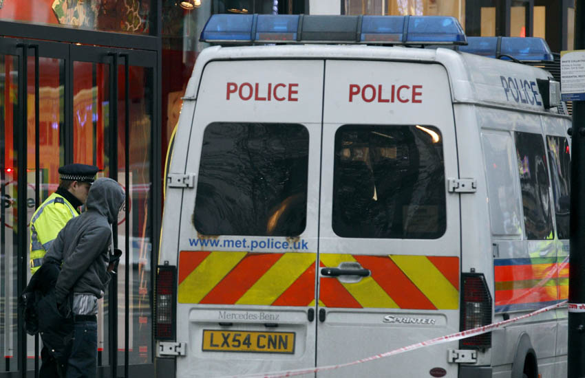 police-van-arrest-136112373.jpg