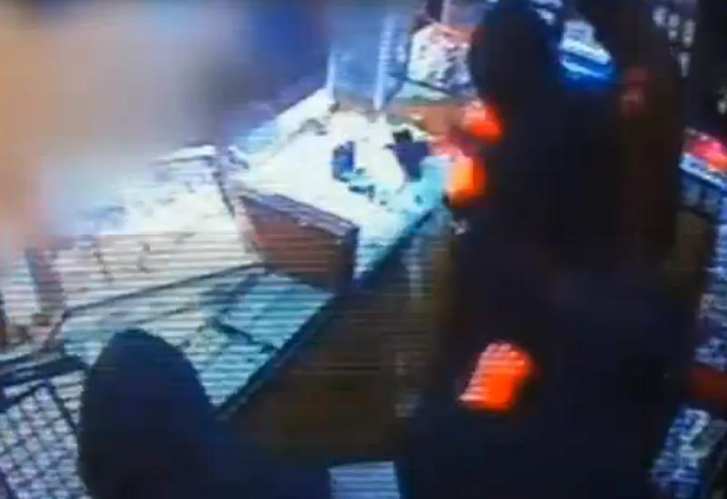 robbery-cctv1.jpg