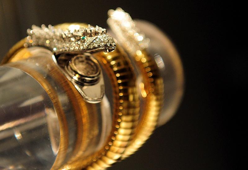 snake-bracelet-watch-129020791.jpg