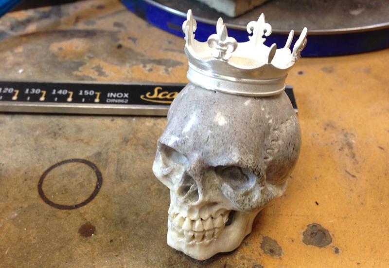 theo-fennell-antler-skull.jpg