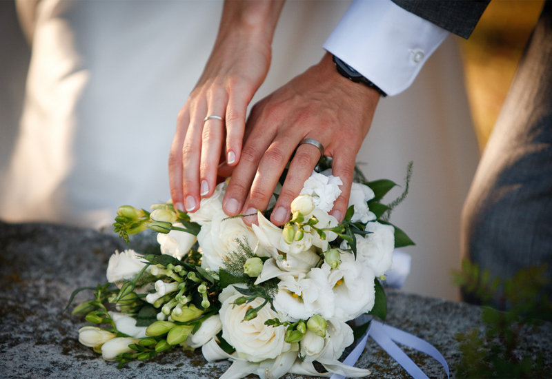 weddingrings2.jpg