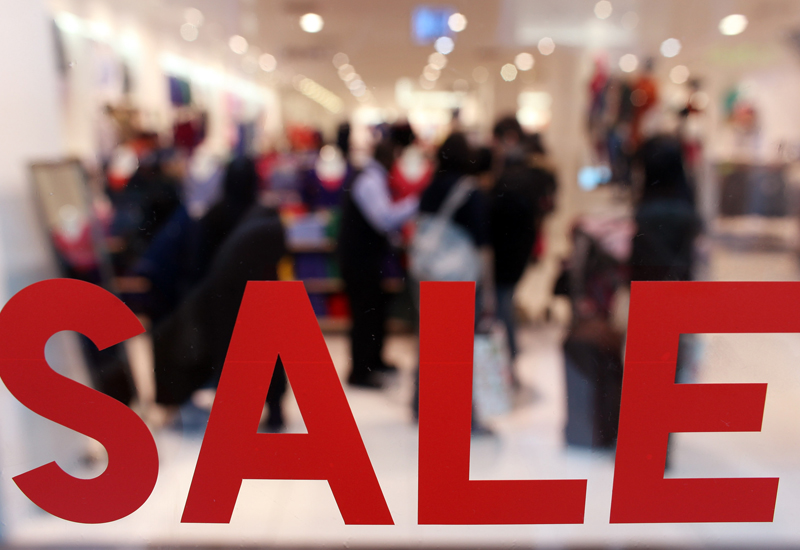 Westfield Shopping Centre Opens To January Sales Shoppers
