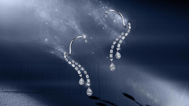 Messika Joaillerie- Persee earrings- Diamants Celestes Collection