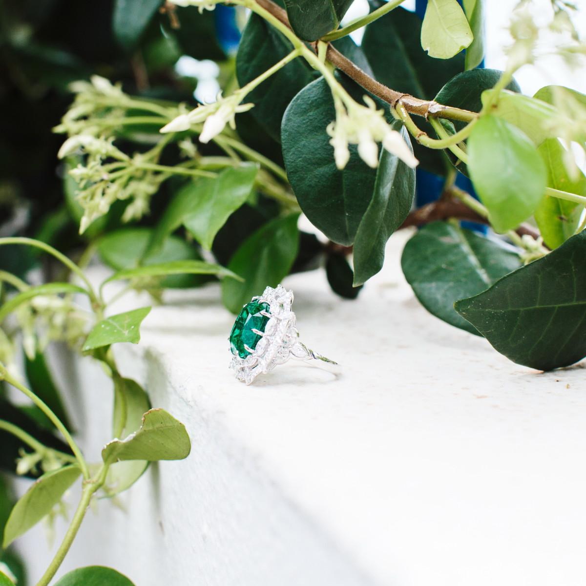 Green Carpet Ring
