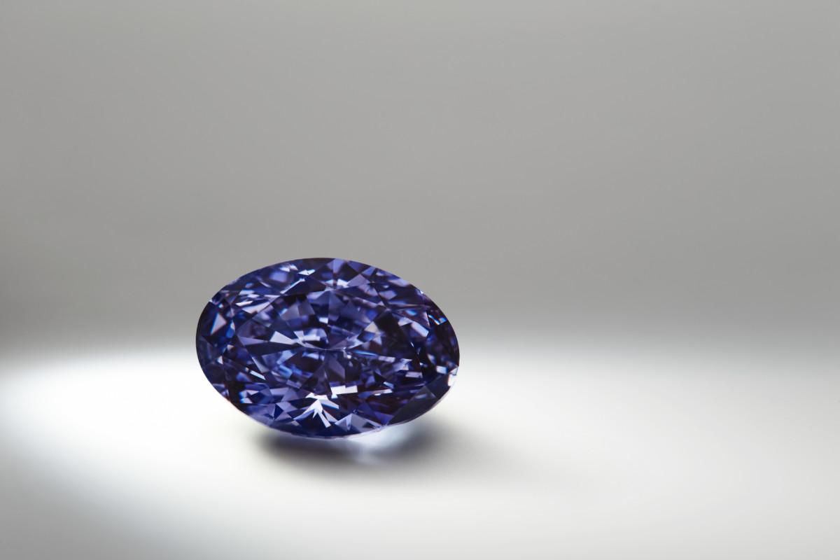 The Argyle VioletÔäó, a 2.83 carat polished oval shaped diamond, the largest violet diamond from Rio TintoÔÇÖs Argyle Diamond Mine (2)