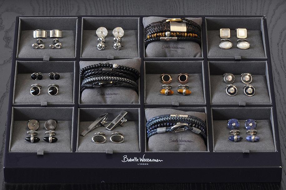 Cufflink  Bracelet POS size 375x315mm