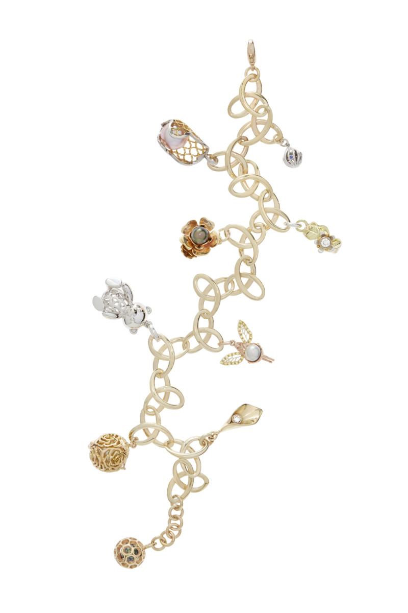 2016 naj charm bracelet_0203_hires (2)