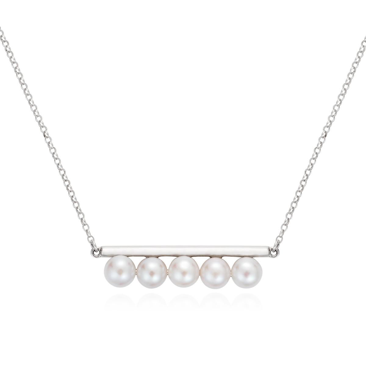 claudia-bradby_pearl-bar-necklace-crop