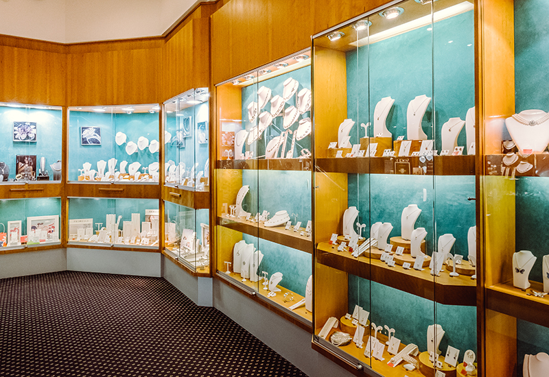 PA Jewellery uses its website as an additional showroom.