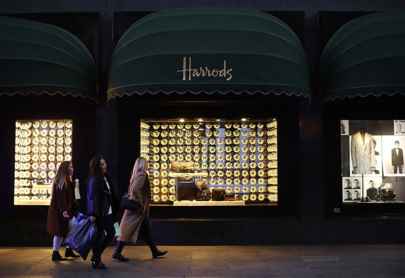 Unions Accuse Harrods Of Keeping 75% Of Restaurant Staffs' Tips