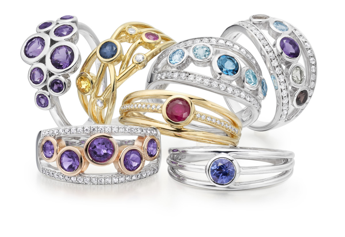 Amore ring group