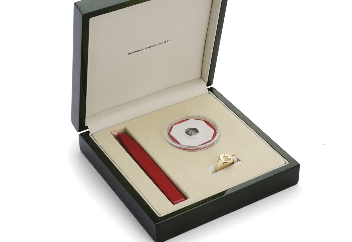 Charles Green Signet Ring Presentation Box