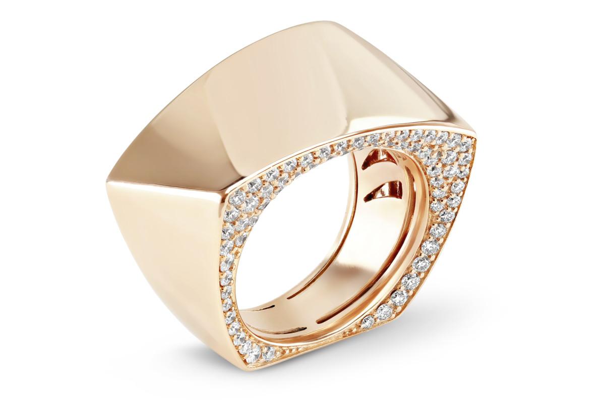 Cleo 'Secret' Ring 08 04 203