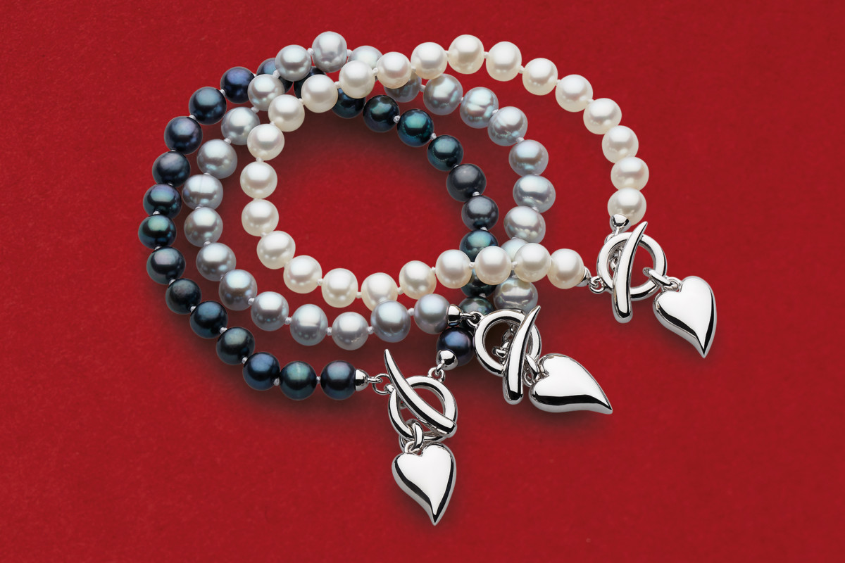 Lustrous bracelet stack