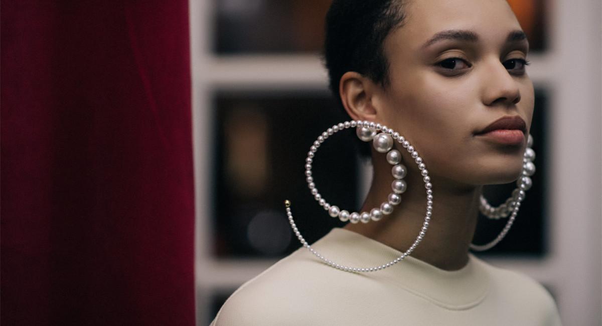 Y_Project pearl earrings Fall_Winter 2018