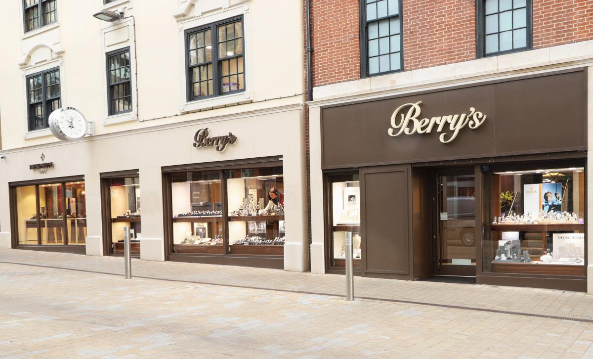Berry's IMG_9345