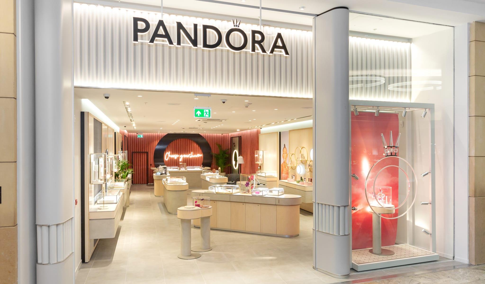 Pandora_Birmingham_September_1