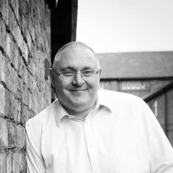 Ian-Tomlinson-Headshot