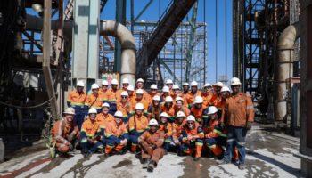 young-diamanatires-at-venetia-diamond-mines