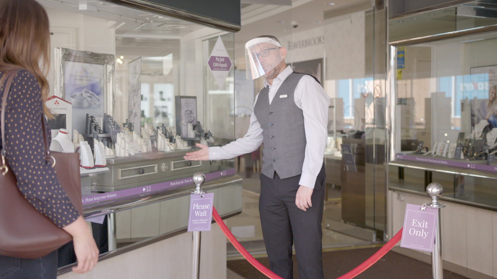 17 First look at a jewellery shopping experience as stores reopen