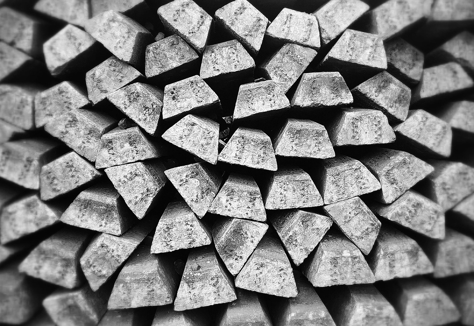 silver bullion-932218_1920